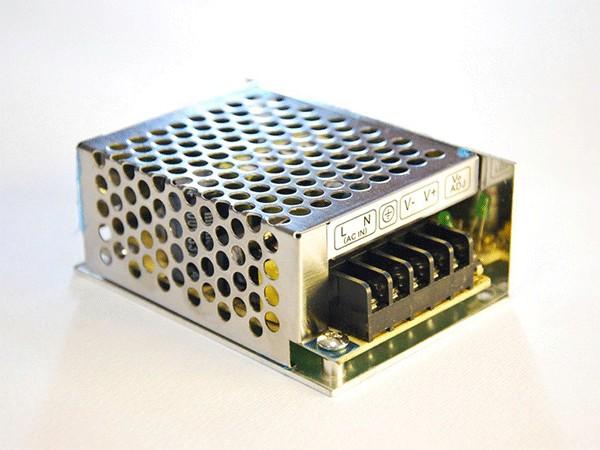 Uredjaj za napajanje15W/12V,1.25A IP 20